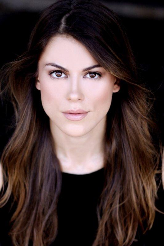 Lindsey Shaw n°1