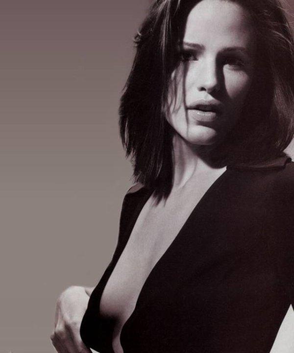 5♥ Jennifer Garner