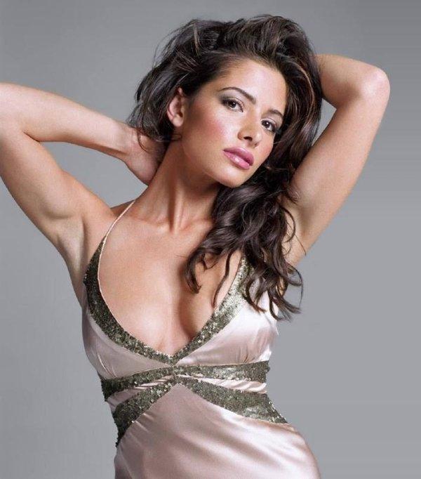 2♥ Sarah Shahi