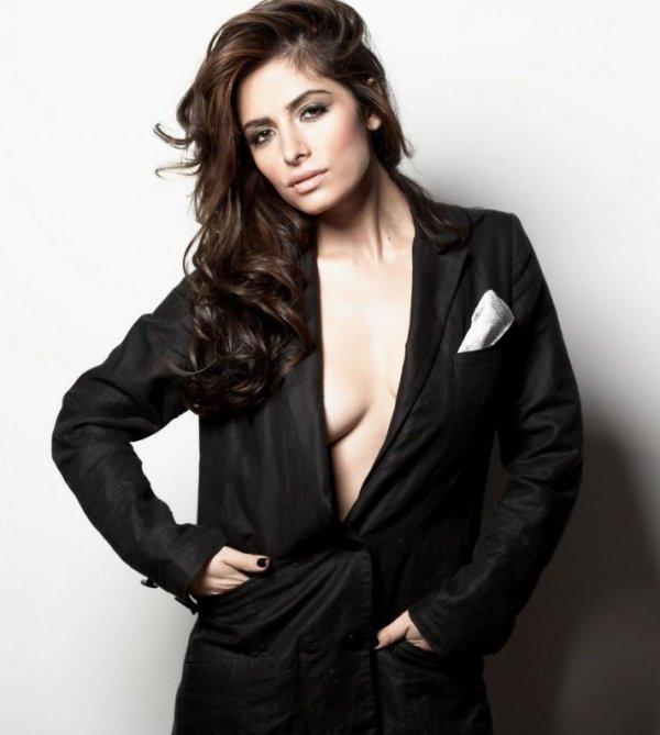 4♥ Sarah Shahi