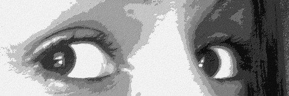 Le regard est le reflet de l'ame.Et le mien est remplit de larme et si tu ne les vois pas c'est parcequ'elles coulent a l'interieur