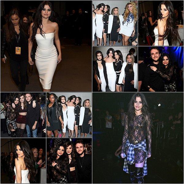 -- 13/12/15: Selena à était vu sortant d'un hôtel au côté de Niall Horan à Londres en Angleterre  --