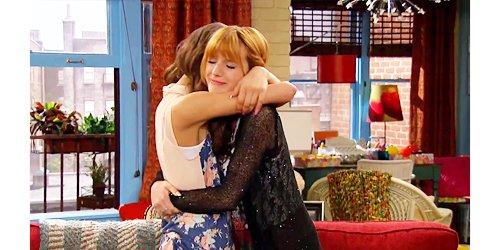 Bella Thorne et Zendaya les meilleures amie