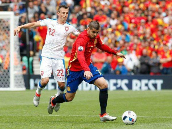 Espagne  Republque Tcheque  Au bout du suspense