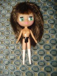Ma mini Blythe et sa garde-robe maison!
