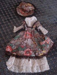 Une tenue Sindy vintage à une brocante de quartier!!!