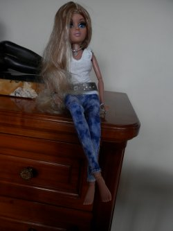 Moxie Teenz