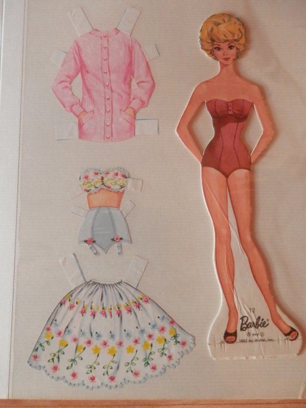 Paper dolls, re-suite...