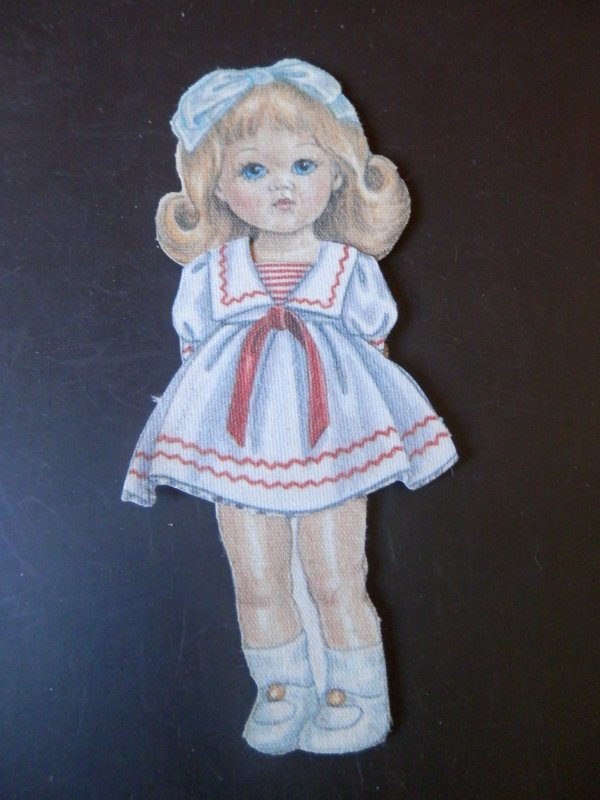Ginny paper doll, suite