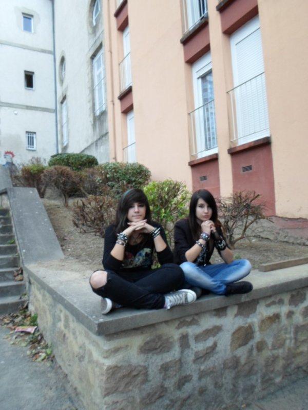 Moi et une amie.<3