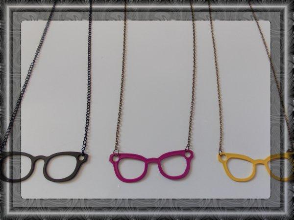 collier lunettes