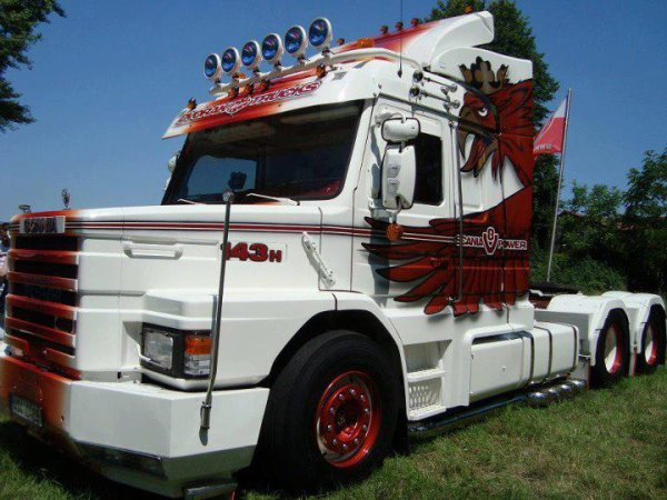 Scania 143 !!