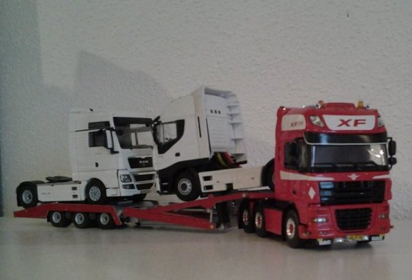 DAF 105 XF super space cab édition WSI COLLECTIBLES