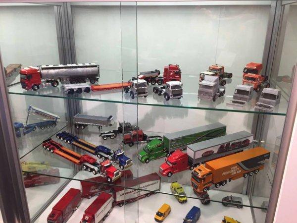 Toys fair 2016 Stand WSI Regarder bien la nouveauté .....