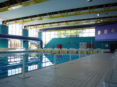 La piscine olympique de montceau les mines voyage dans for Piscine montceau les mines
