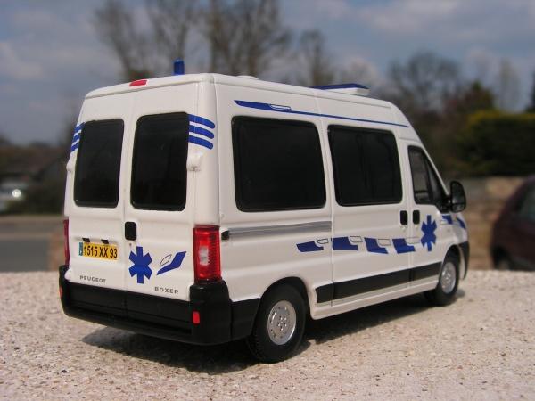 peugeot boxer ambulance l1h2 gifa collet norev minia17. Black Bedroom Furniture Sets. Home Design Ideas