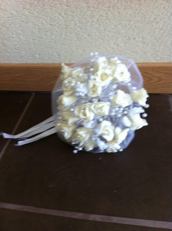 location bouquet en accessoire mariée ou en déco