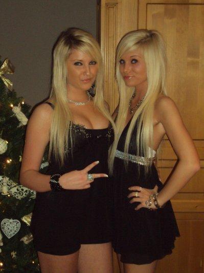 Ma soeur & Moi :) Bavez pas trop :P