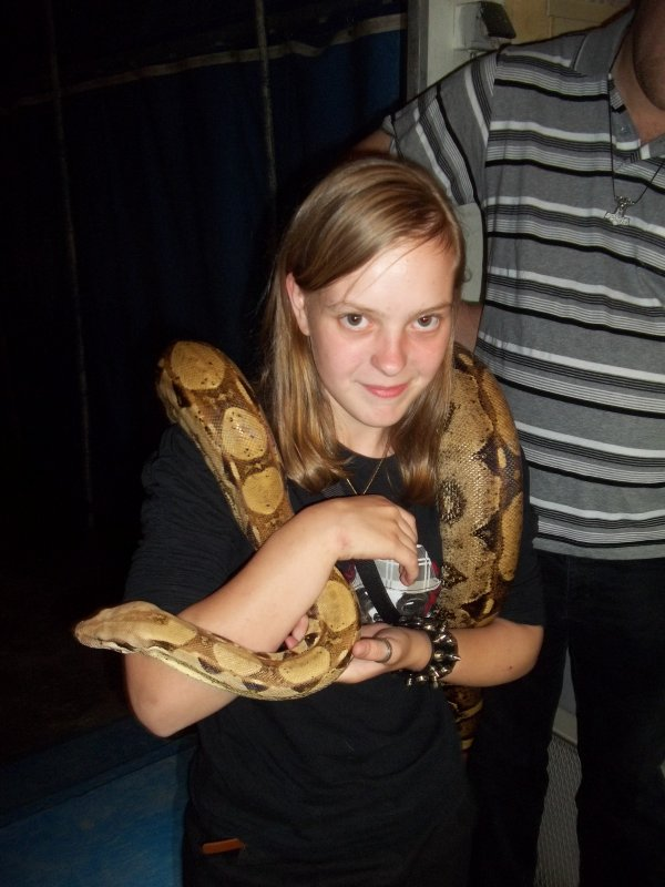 Moi avec le serpent de mon pote