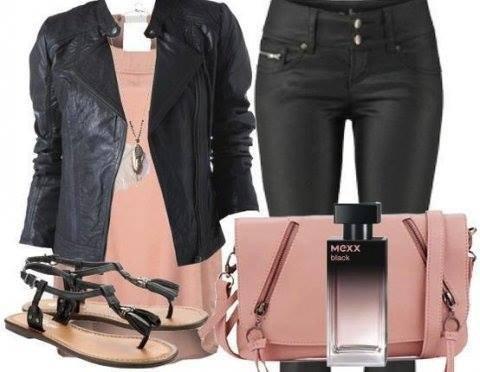 Look rose pale et noir ^^