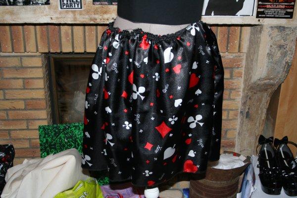 Dolls cards skirt