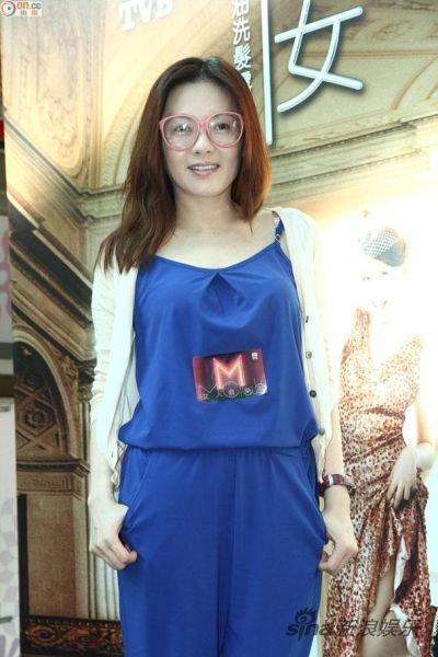 Loletta Lee (promotion M CLUB 26/05/2014)