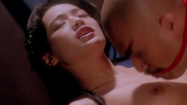 Shu Qi dans SEX AND ZEN 2