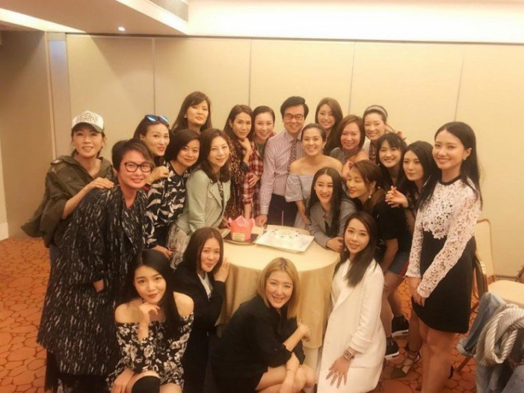 News du 9/04/2017 Loletta Lee et Fennie Yuen a l'anniversaire de Raymond Wong