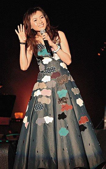 Loletta Lee gala au Lake Tahoe (2005)