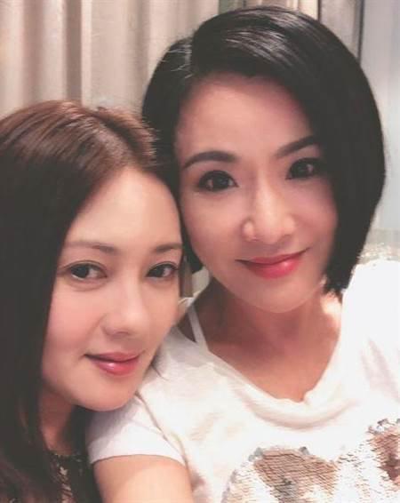 News du 9 octobre 2018 : Loletta Lee à une soirée chez son amie l' actrice Pinky Cheung