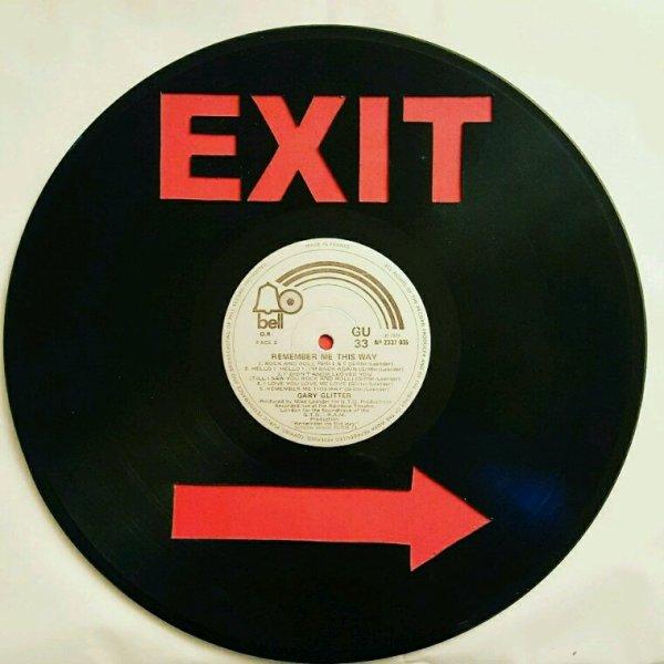 Découpe à la main de disque vinyle