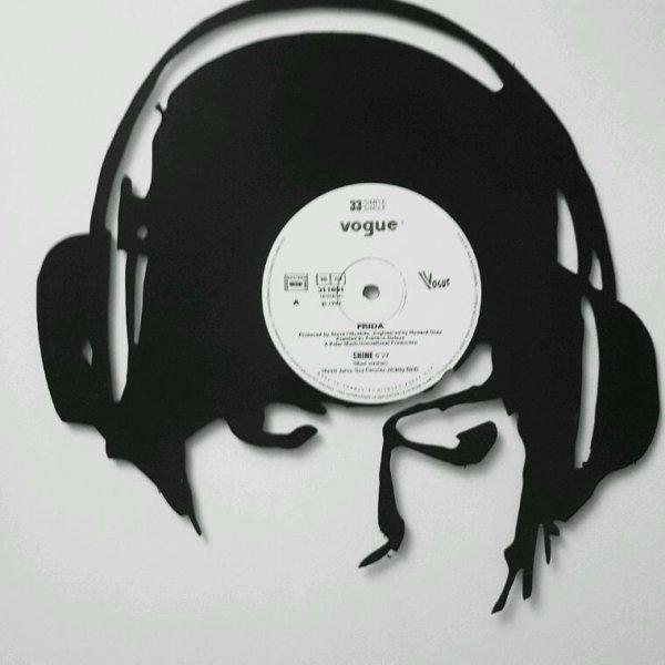 Decoupe a la main disque vinyle
