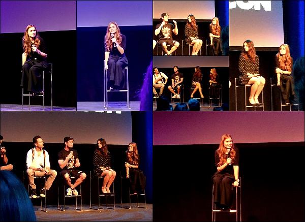 -  27/09/15 - La magnifique Holland Roden et ses co-stars au WereWolf convention en Belgique. Plus - Je ne vois malheureusement pas la tenue de la belle mais je la trouve super souriante et magnifique comme à son habitude   -