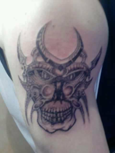 mon symbole au bra droit
