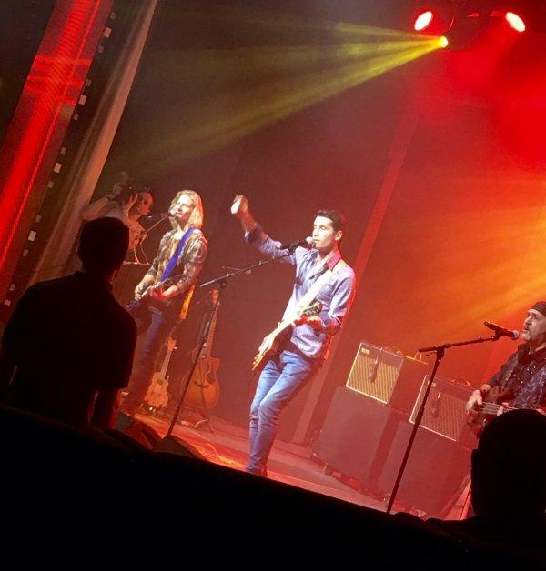 Gwendal en concert au  part 3