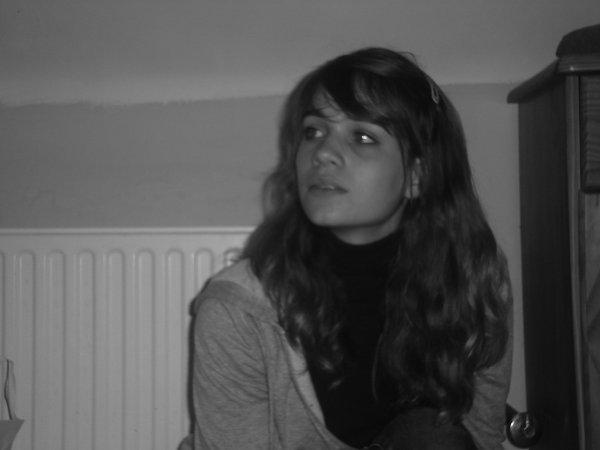 ☺☺☺☺  Certains m'aime...  D'autres me déteste...  Mais au fond ...  Combien me connaissent...  ☺☺☺☺