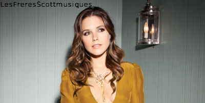Photoshoot de Sophia Bush pour le magazine Viva