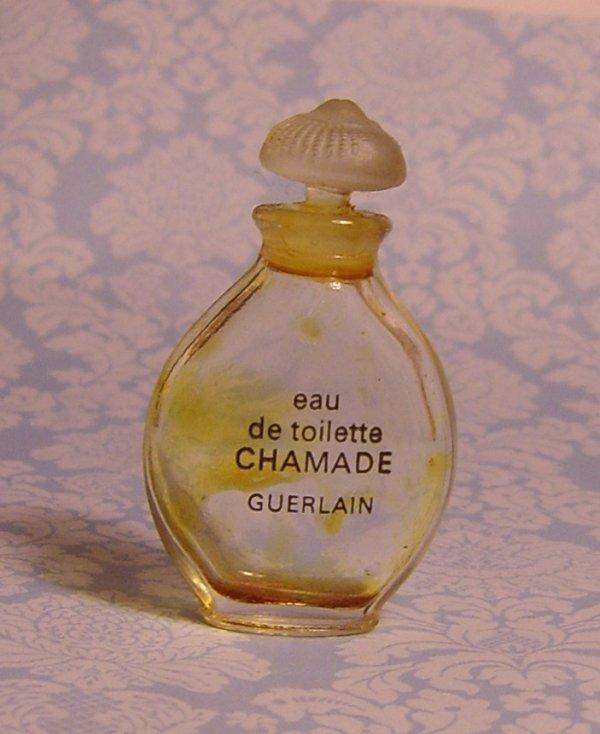 """chamade , miniature """" gourde """" avec bouchon pate de verre ancienne"""