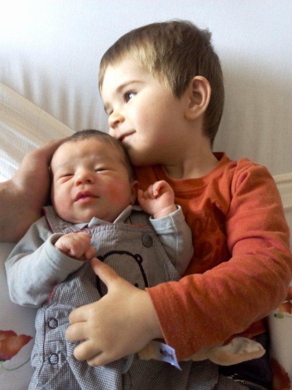 Voici Lucas et Gabriel