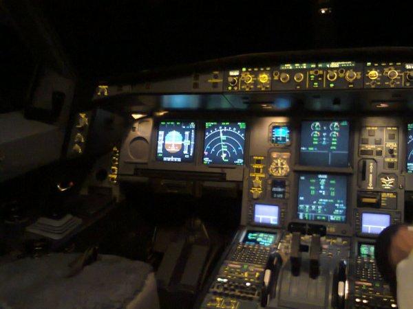 Flight Deck AH 330 Juliet Victor
