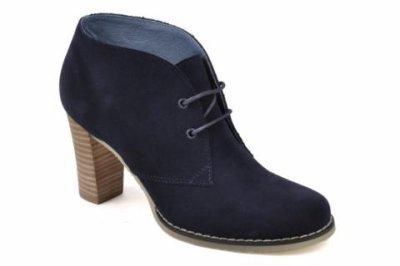 Low boot à lacets