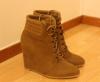 Boots compensées à lacets (2)