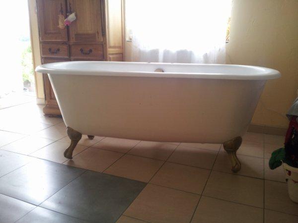 ma baignoire ancienne.