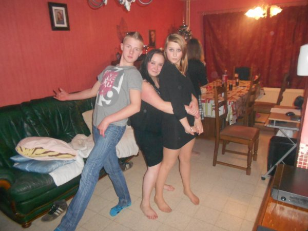 moi , ma cousine Christina et mon cousin Kevin