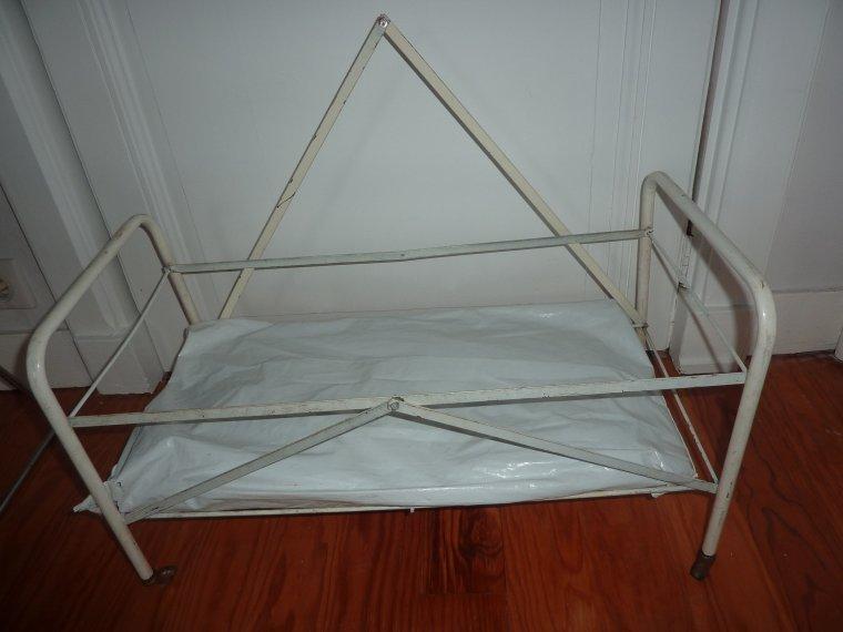 meubles anciens de poupee a vendre ou a echanger de marida echanges v 234 tements de poup 233 es