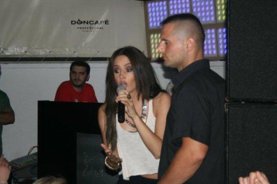 Vustrrriii :)) thx blogu Dafina-binalinda <3
