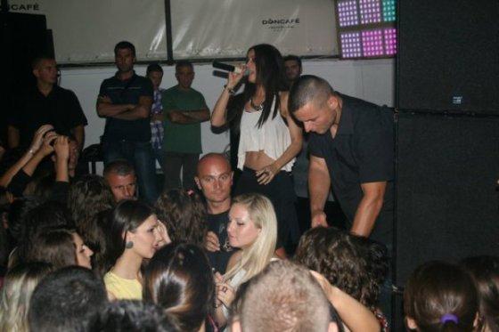 Dafina koncert ne Vustrri <3 thx blogu Dafina-binalinda <3