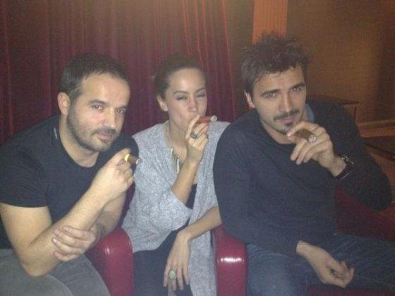 Dafina,Blerimi dhe nje shok i tyre :)