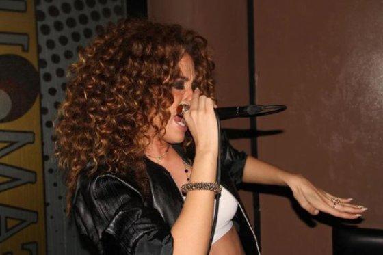 Dafina Zeqiri ne Koncert !!