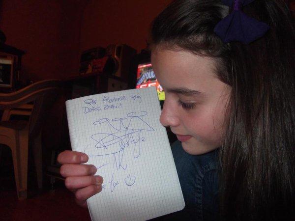 Autografi Nga Dafina Zeqiri !!
